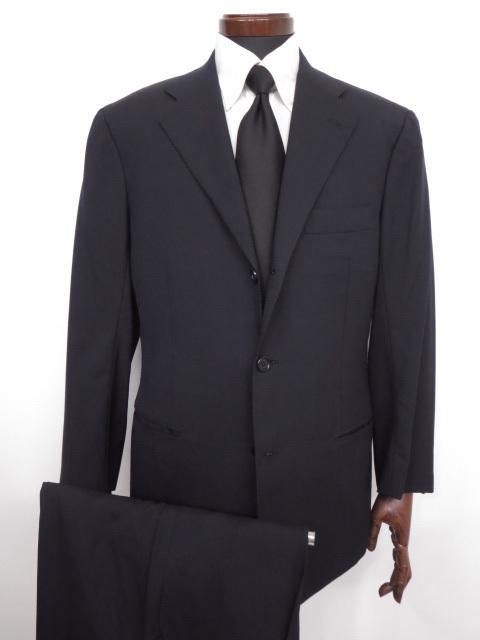 キートン KITON 最高級 3ボタン段返り シングルスーツ 宅配買取にてお買取り♪