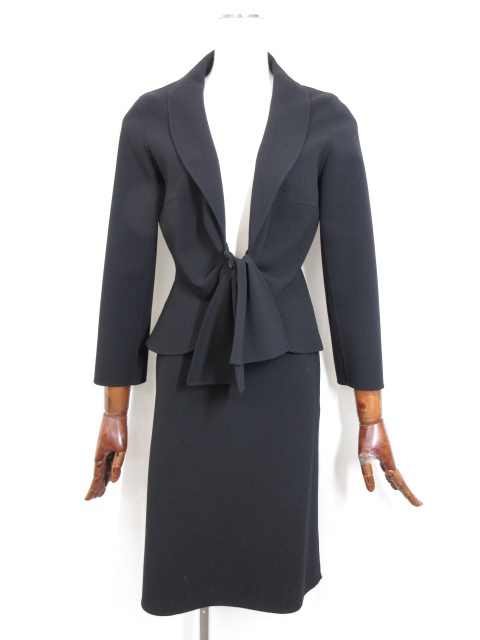 セリーヌ CELINE スカートセットアップ スーツ ご来店のお客様より、お買取り♪